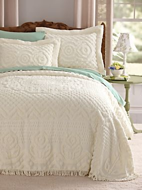 Ivory Heirloom Chenille Bedspread