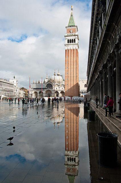 #Campanario y basílica de San Marcos Todo sobre #Venecia en www.quieroitalia.com/venecia.asp