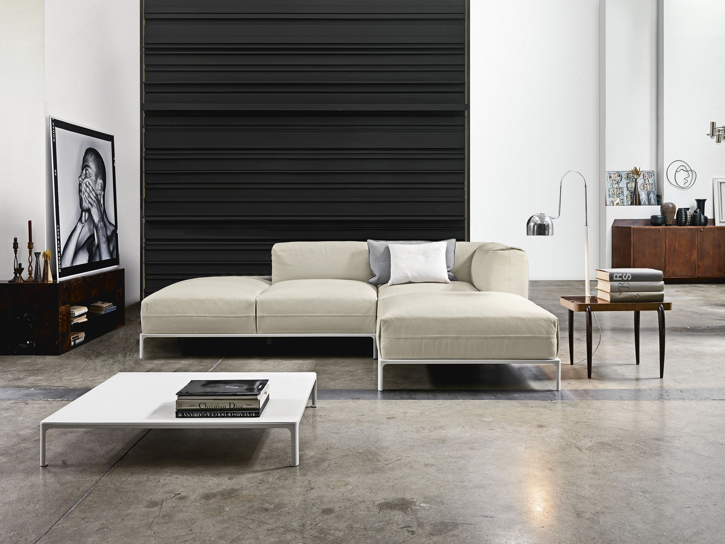 Metropolis modular sofa is a stylistic proposal by the ...