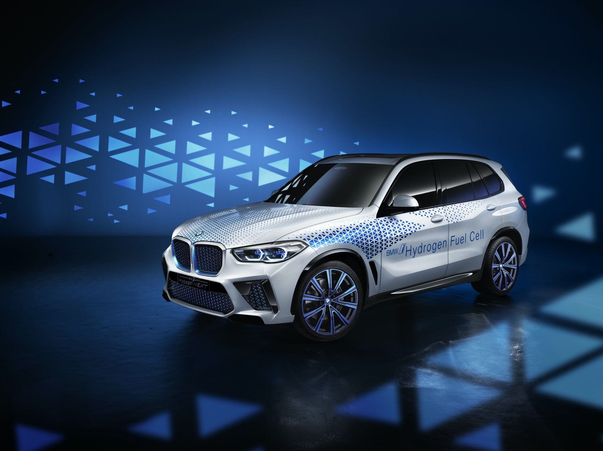 Fuel Cell Powered Bmw X6 And X7 Models Coming In A Few Years In 2020 Bmw Bmw I Fuel Cell