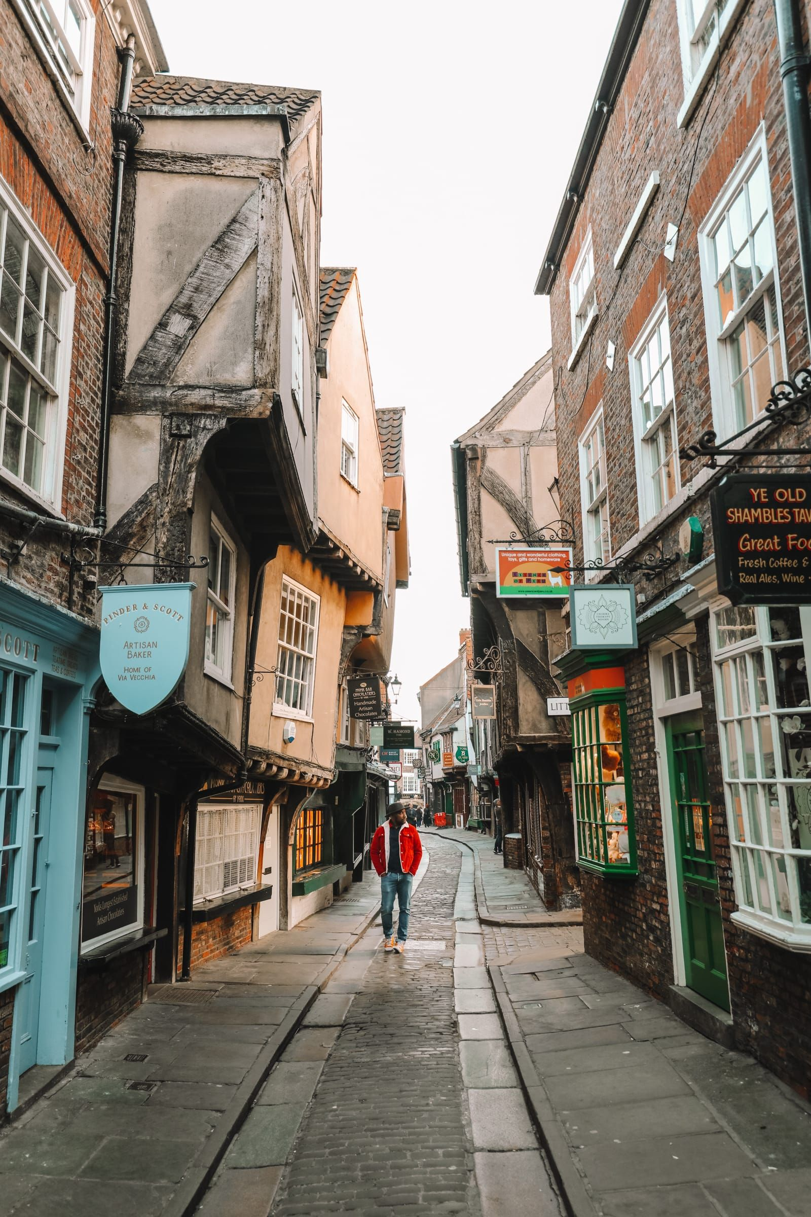 Exploring The Beautiful Ancient City Of York, England - Hand Luggage Only - Travel, Food & Photography Blog
