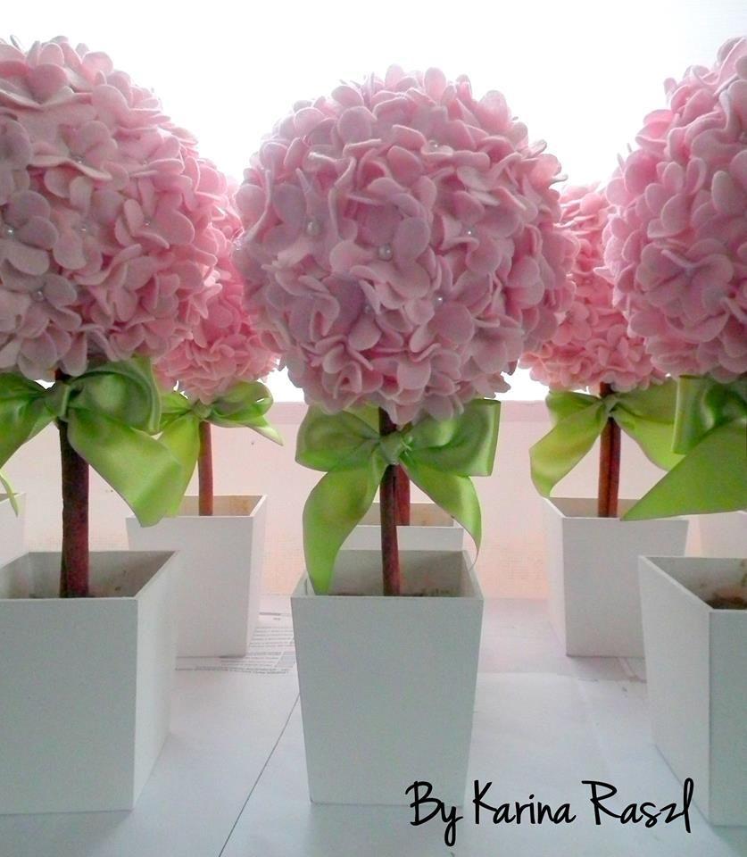 Topiaria flor de 5 cm | Buquês de flores de papel, Diy flores, Flor de  papel pano de fundo