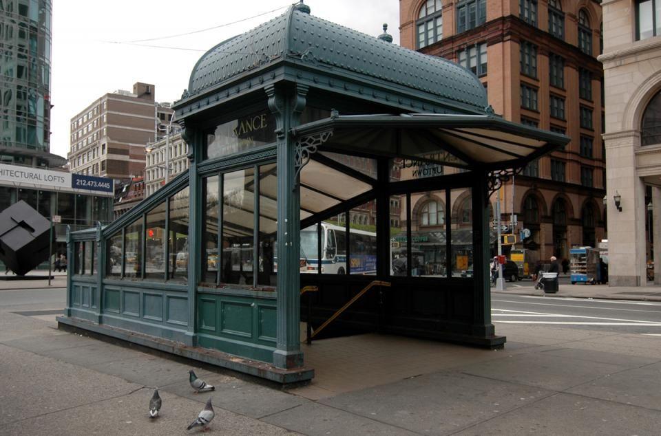 Astor Place Subway Entrance 4 6 6 Wikimapia New York Subway Nyc Subway Vintage New York