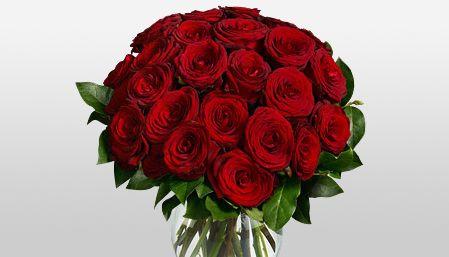 Send Flowers To Uk Same Day Uk International Flower Flower Delivery Uk Red Rose Arrangements Rose Arrangements Bouquet Arrangements