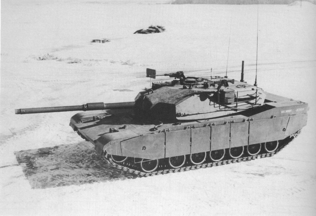 Chrysler Xm1 Prototype M1 Abrams Prototype In 1973 Both