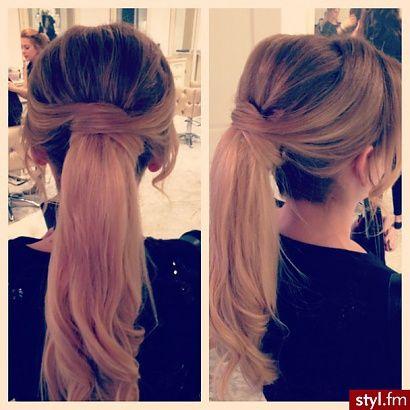 Trendy Fryzury Na Lato Elegancki Kucyk Strona 18 Styl Fm Hair Looks Pretty Hairstyles Hair Beauty