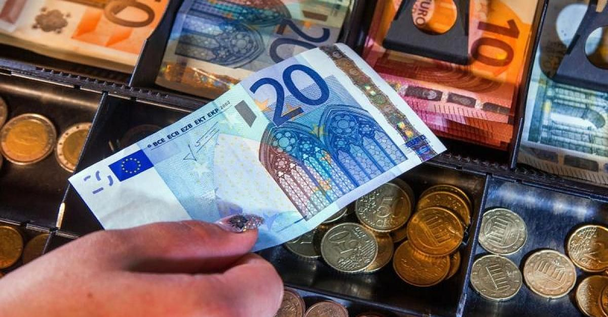 Bürger würden zu Untertanen Deutsche Bank warnt vor