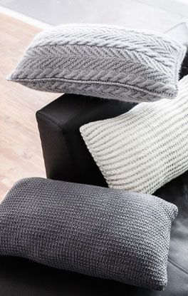 gestrickte kissen strickideen kisse. Black Bedroom Furniture Sets. Home Design Ideas