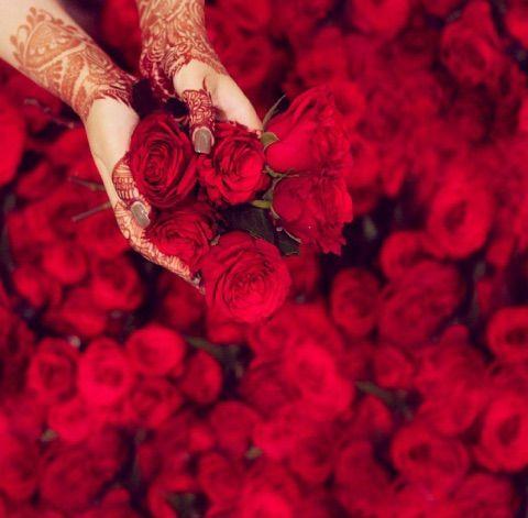 Image Via We Heart It Art Bridal Bride Flowers Henna Islam Love Pretty Roses Wedding Muslimah Henna Style Unique Henna Cute Girl Face