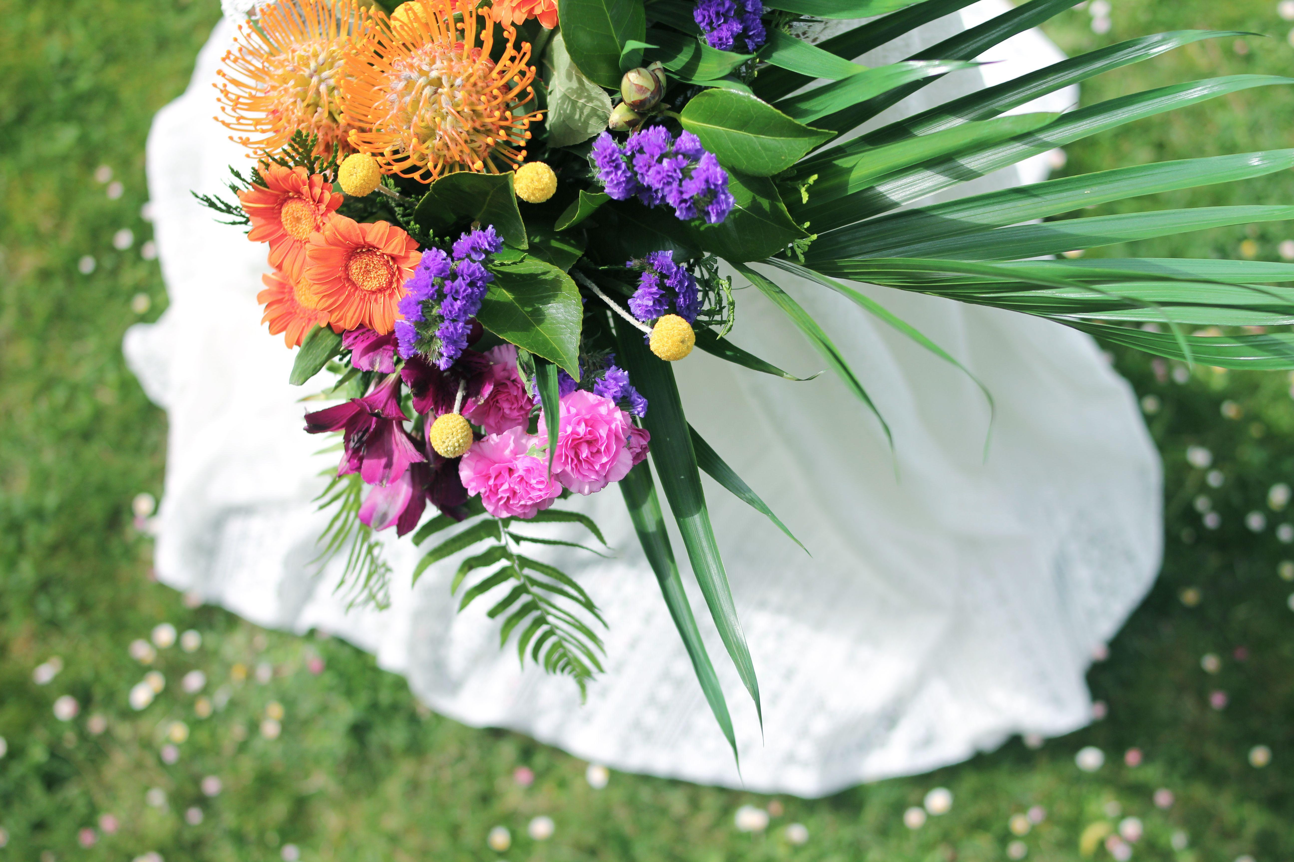 Tropical bouquet. Details Présence Africaine. Flor de Lola.