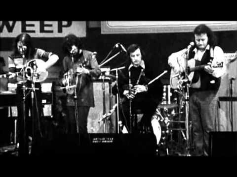 ▶ Planxty in HD -- Raggle Taggle Gypsy O (1973 RTE) - YouTube