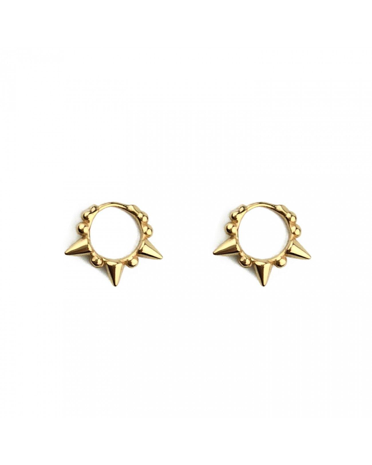 623b7864686e PAIGE GOLD son unos pendientes de aro con pequeños pinchos y bolas hecho en  plata de