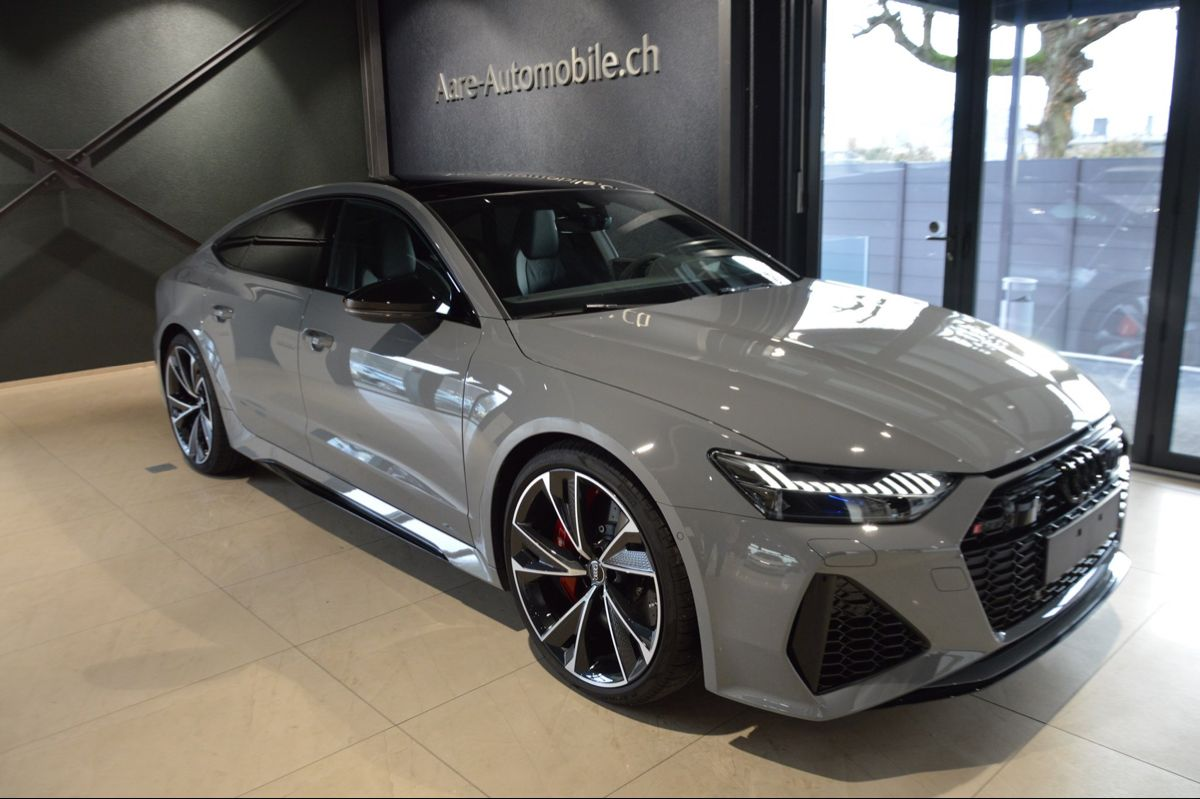 Pin By Amanpreet Kaur Teer On Mad Whips In 2020 Audi Rs7 Sportback Rs7 Sportback Jeep Truck