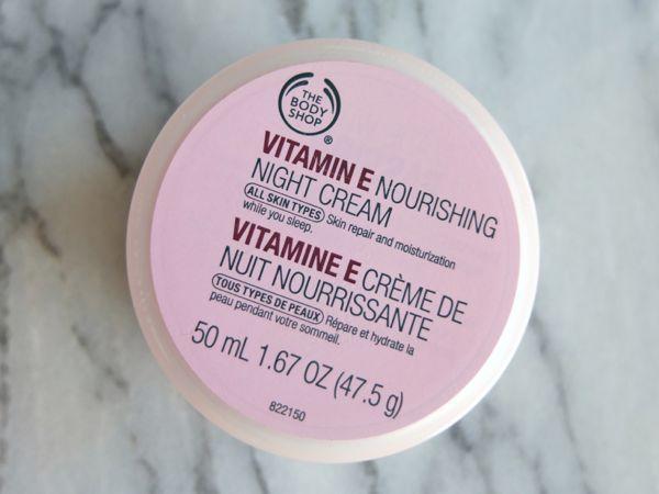 The Body Shop S Vitamin E Nourishing Night Cream Is Pretty Much What It Sounds Like A Simple And Nourishing Nig The Body Shop Night Creams Body Shop Vitamin E