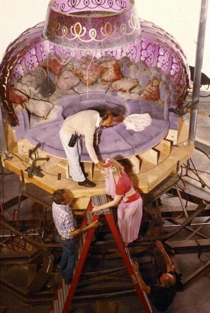Barbra Eden lounge | I dream of jeannie, Dream of jeannie