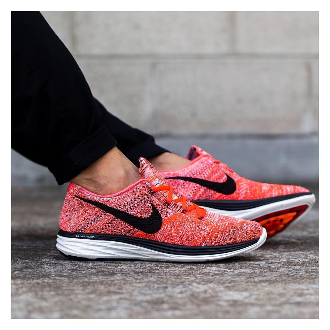 Men's Nike Flyknit Lunar 3 Bright Crimson Hyper Orange Sneakers : U94p8108