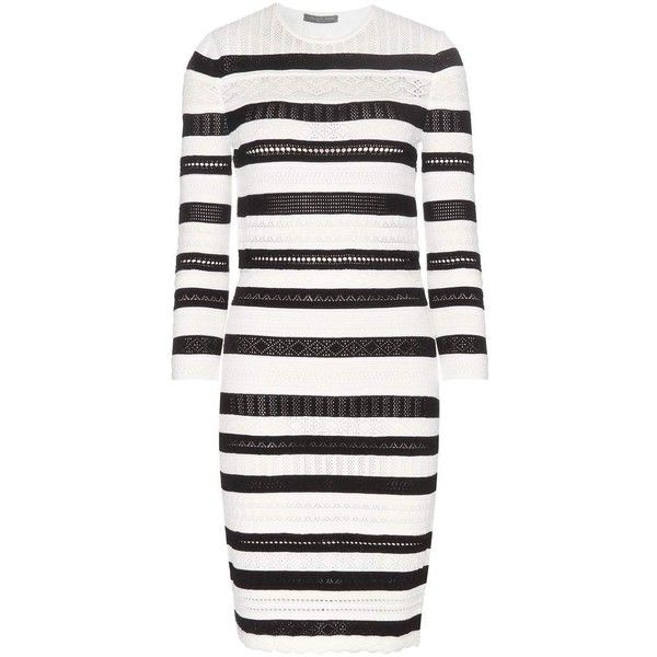 Alexander McQueen Striped Dress ($645) ❤ liked on Polyvore featuring dresses, white, striped dress, white dress, stripe dresses, white striped dress and alexander mcqueen dresses