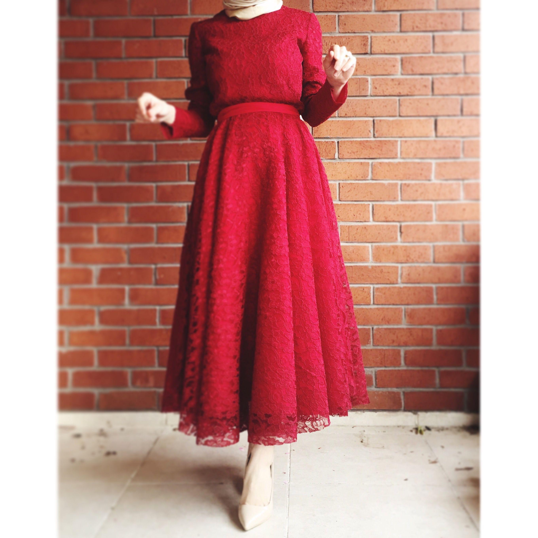 Hilal S Adli Kullanicinin Hijab Fashion Panosundaki Pin Elbise Dantel Elbise Ziyafet Elbiseler