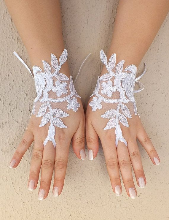 White Wedding Gloves Fingerless Gloves white wedding by ByVIVIENN