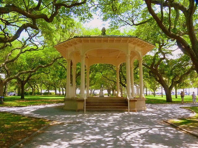 055c86bd553d71367ad65fb45cd34cd0 - White Point Gardens In Charleston Sc