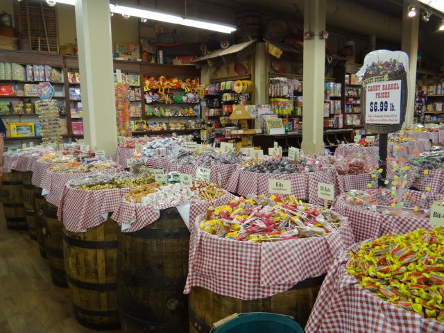Walkabout With Wheels: Mast General Store in Knoxville, Tennessee