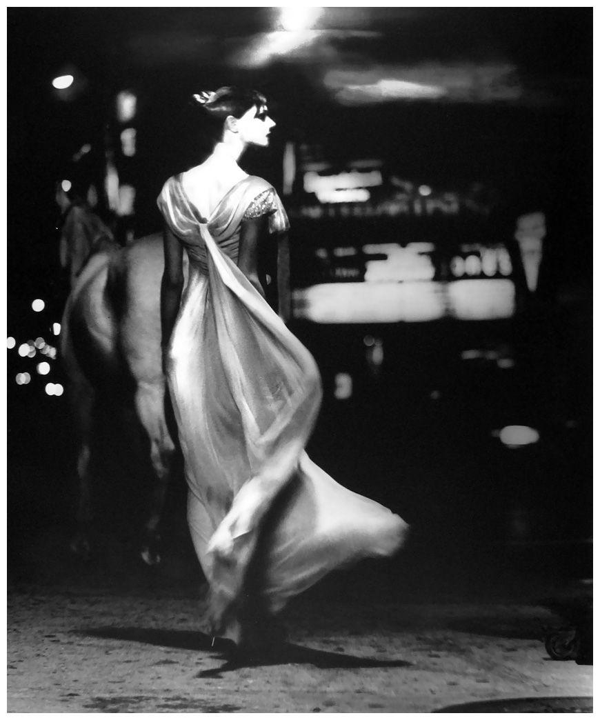 Photo Lilian Bassman Anneliese Seubert, Paris, New York Times Magazine, 1996