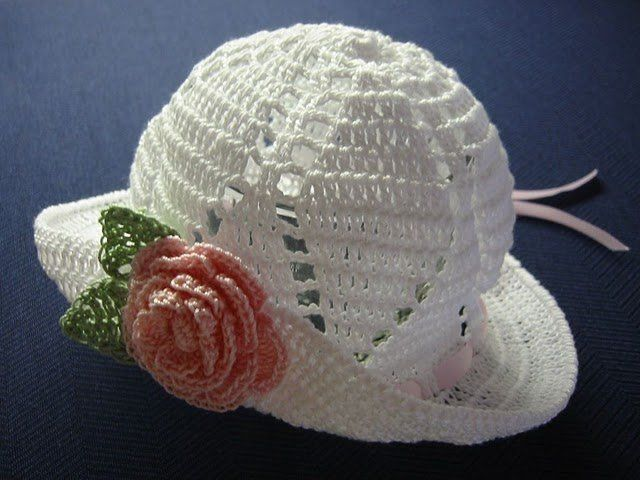 White sombrerito with diagram