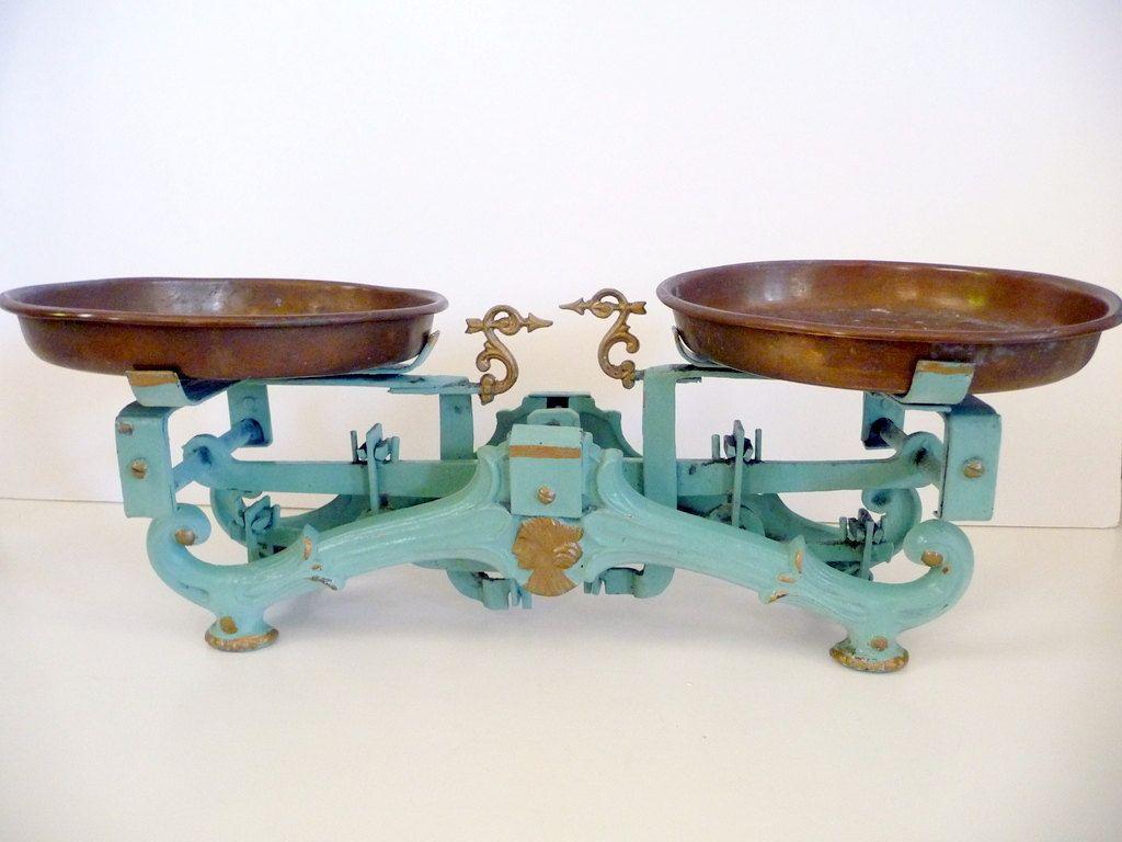 Antique Scale Balance Vintage Kitchen Scale// Chippy Green Paint ...