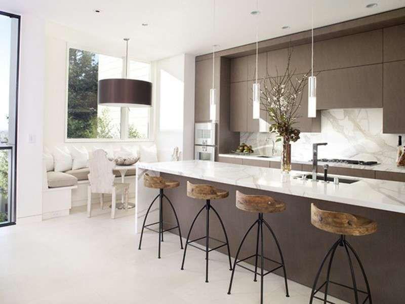 Idee per arredare una cucina moderna - Cucina moderna bianca e legno ...