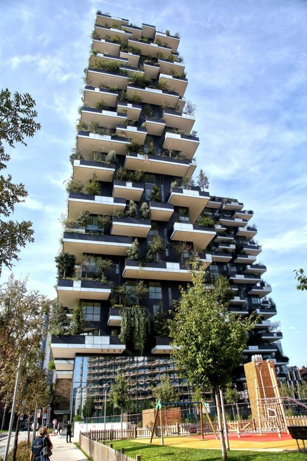 The bosco verticale via de castilla a residential tower for Via design architects
