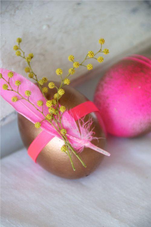 Bronze feathered eggs