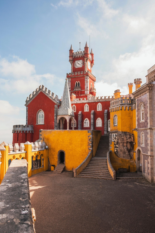 Wenn Du Vorhast Einen Tollen Roadtrip In Europa Zu Machen Eignet Sich Portugal Besonders Gut 10 Tipps Und Orte Fur Tolle Reiseziele Reisen Reisen In Europa