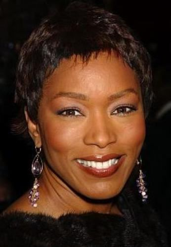 Angela Bassett Short Hairstyles Looking For Beautiful