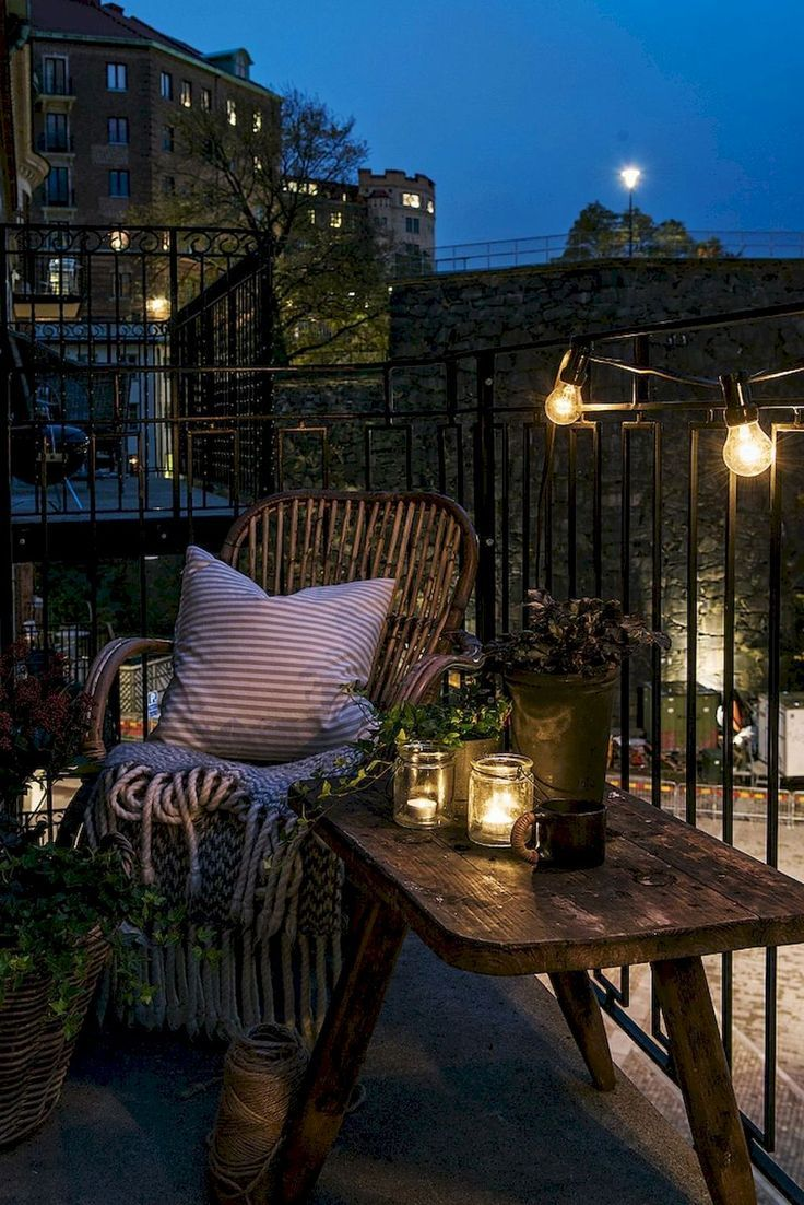 Entzückende 65 gemütliche Wohnung Balkon Deko-Ideen homesparily.com ...   - Ap...