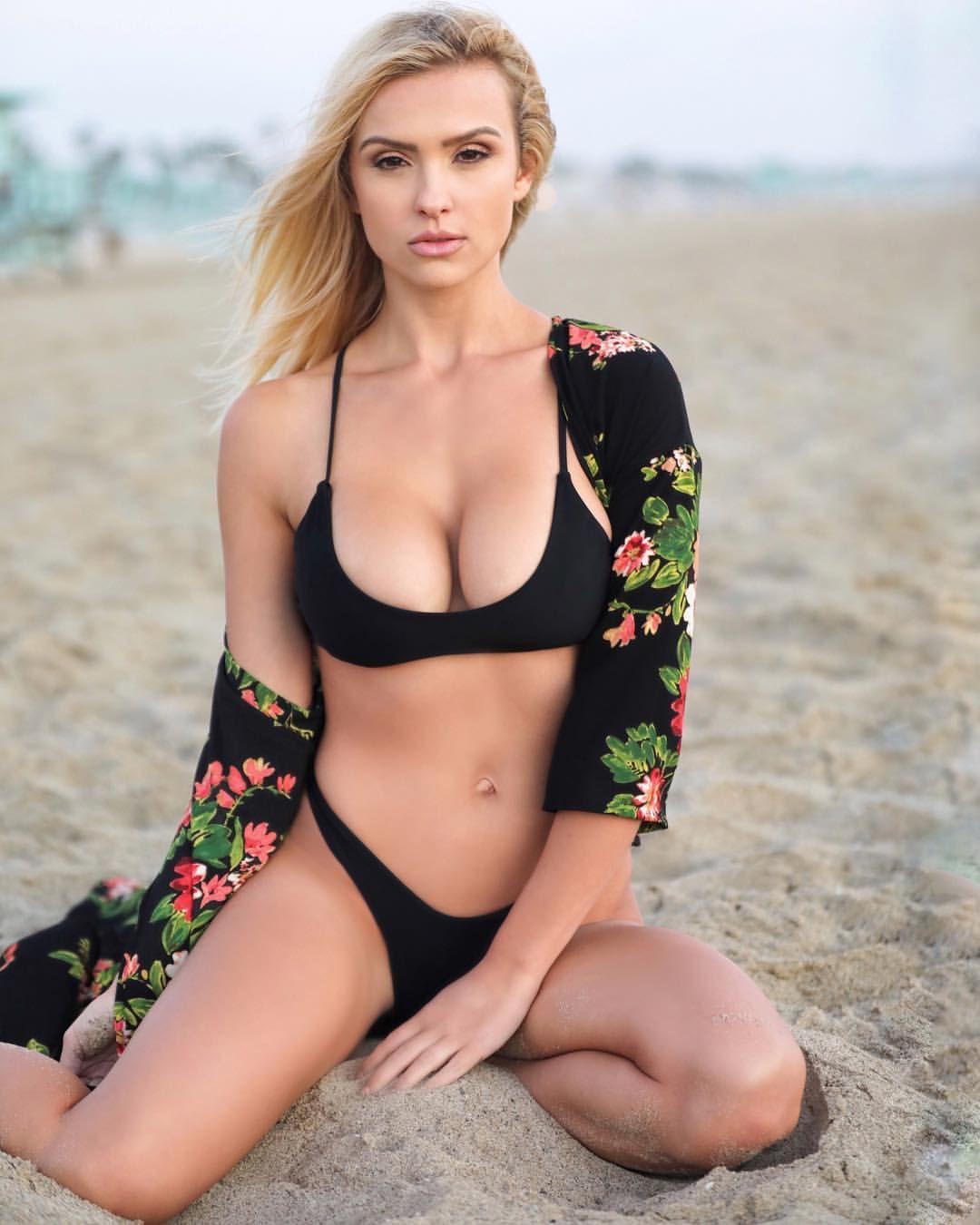 Images Shantal Monique nude (35 photo), Tits, Hot, Feet, in bikini 2017
