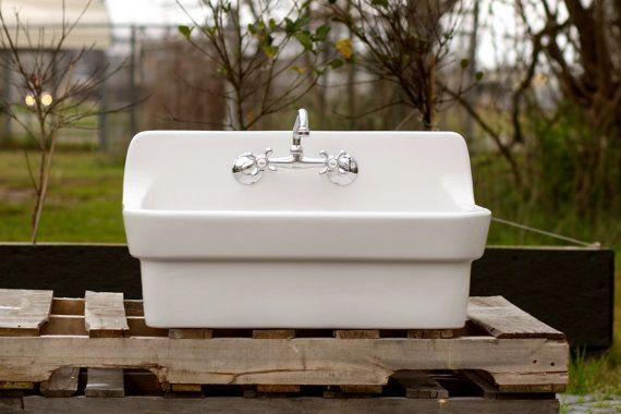 White Vintage Style High Back Farm Sink Original Porcelain Finish Apron Kitchen Utility Sink S Izobrazheniyami Rakovina