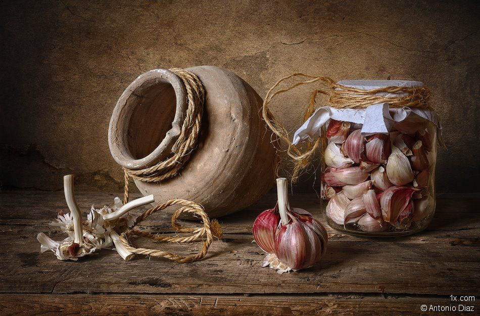 garlic - antonio diaz