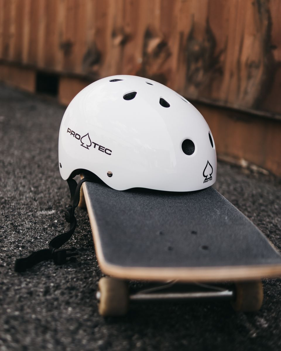 Pin On Skateboarding