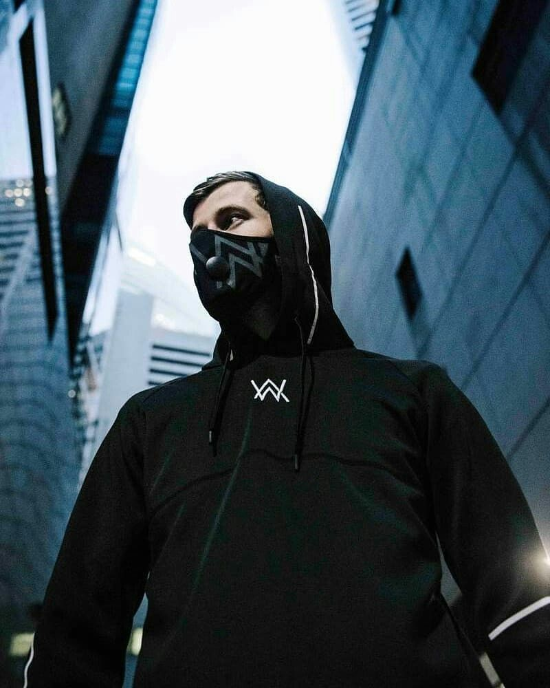 Pin De Fox Fille En Alan Walker Dj Alan Walker Alan Walker