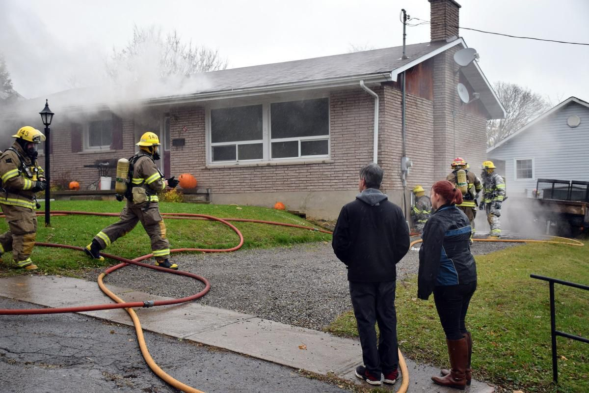 Your home is on fire. What do you do? Fire, Smoke alarms