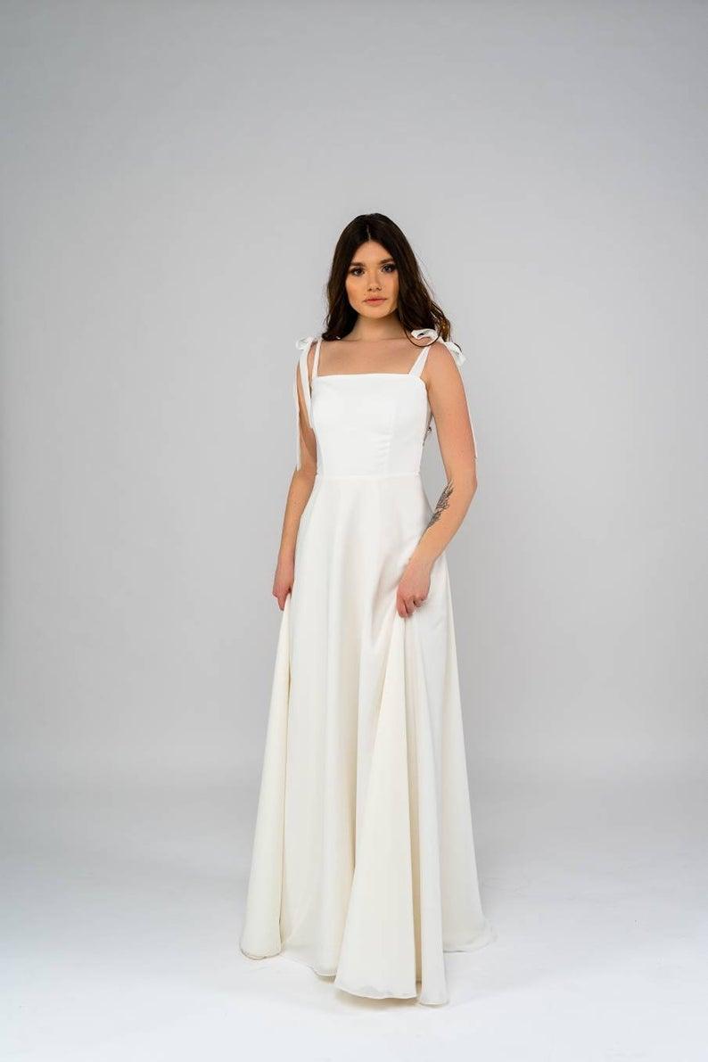Chiffon Wedding Dress Romantic Simple Wedding Dress Etsy In 2020 Civil Wedding Dresses Wedding Dresses Simple Etsy Wedding Dress