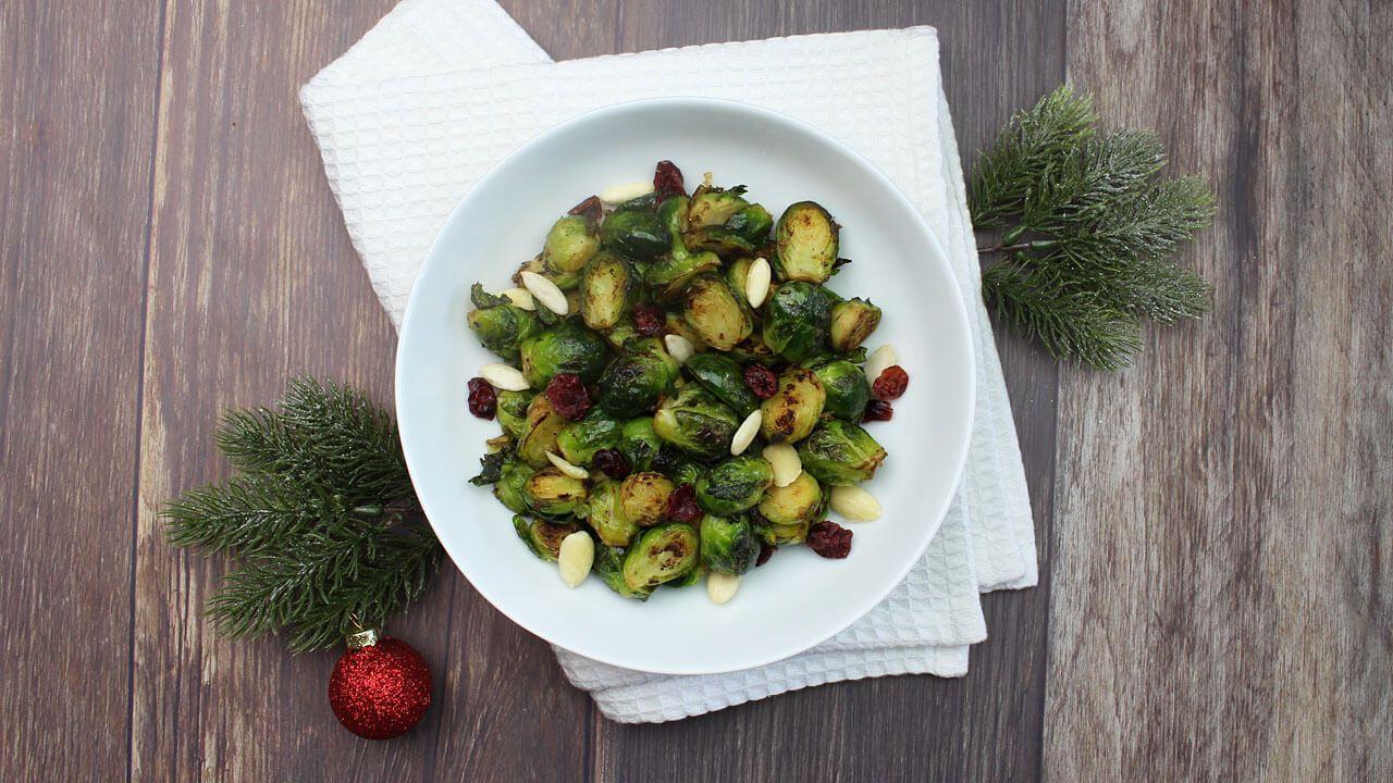Ett enkelt recept på vegansk vitlöksstekt brysselkål med mandel och tranbär, ett måste på ett veganskt julbord, vegansk julmat när den är som bäst #julmatjulbord Ett enkelt recept på vegansk vitlöksstekt brysselkål med mandel och tranbär, ett måste på ett veganskt julbord, vegansk julmat när den är som bäst #julmatjulbord Ett enkelt recept på vegansk vitlöksstekt brysselkål med mandel och tranbär, ett måste på ett veganskt julbord, vegansk julmat när den är som bäst #j #julmatjulbord