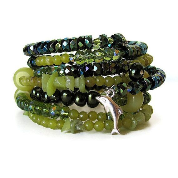 Jade beaded memory wire bracelet stack by OneEyeCatStudio on Etsy, $48.00