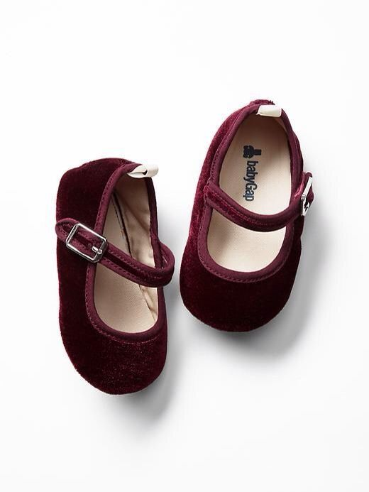 e54d56280375 GAP Baby Girl Size 0-3 Months NWT Red   Bordeaux Velvet Mary Jane Flats  Shoes  BabyGap  Flats