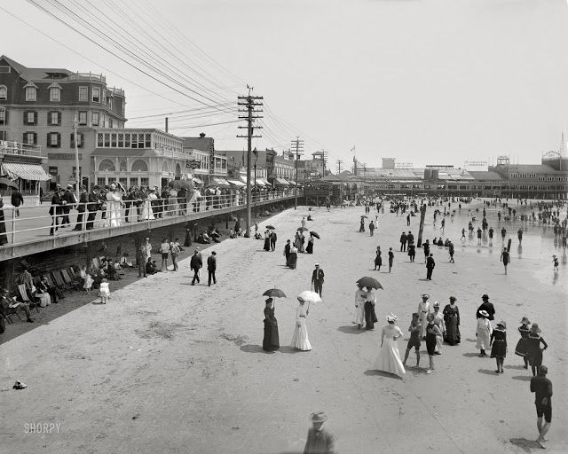 vintage everyday: 20 Vintage Pictures of Atlantic City Beach in the 1900s