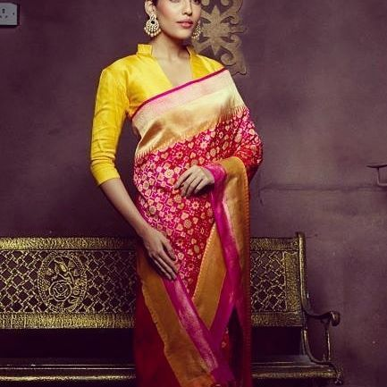 35cdd3ed99f43e 13 Chic Long Sleeve Saree Blouse Designs Ideas • Keep Me Stylish ...