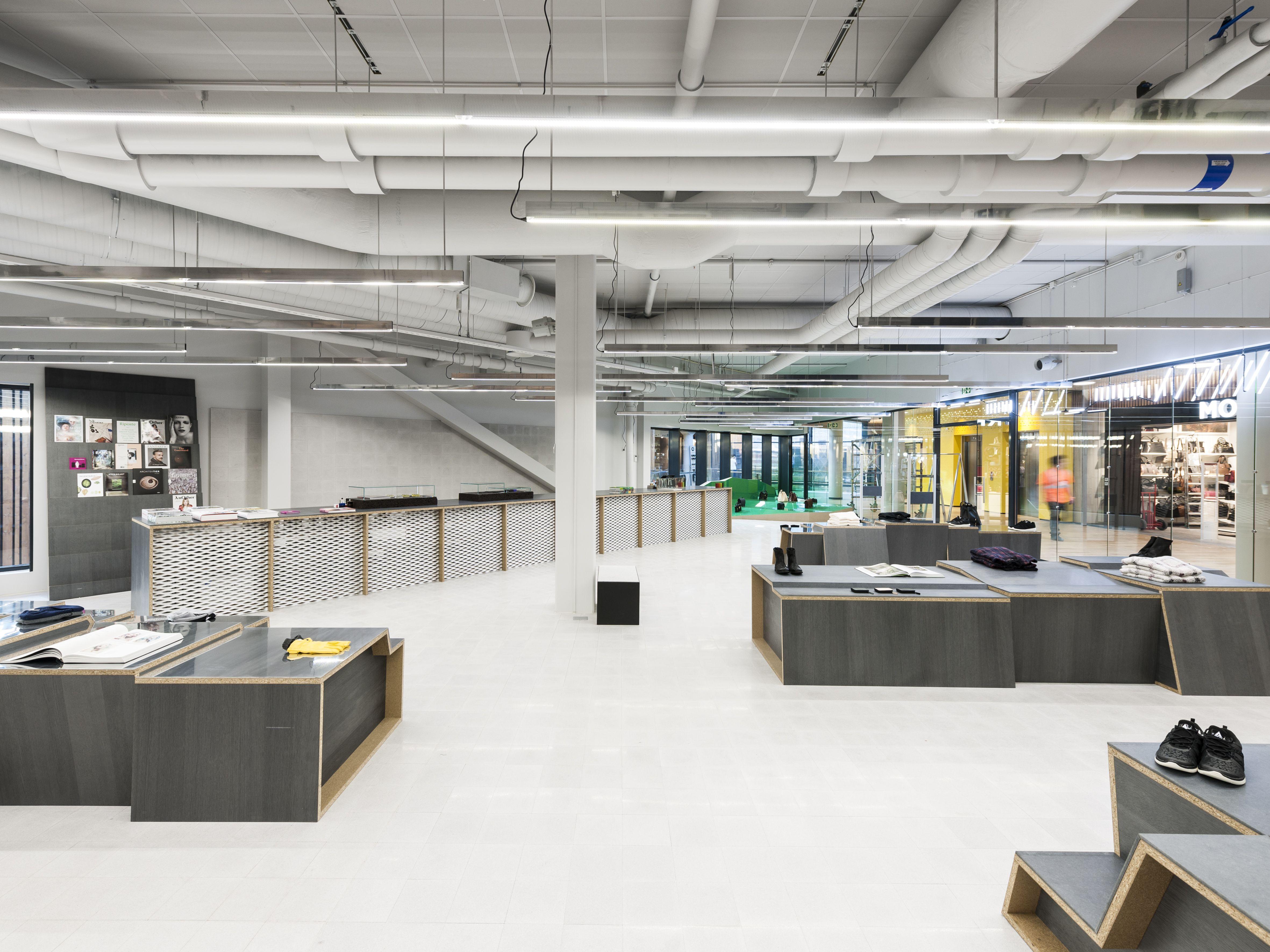 Holzweiler Store / Designers: Gonzalez Haase AAS / Photographer: Thomas  Meyer U2013 Ostkreuz /