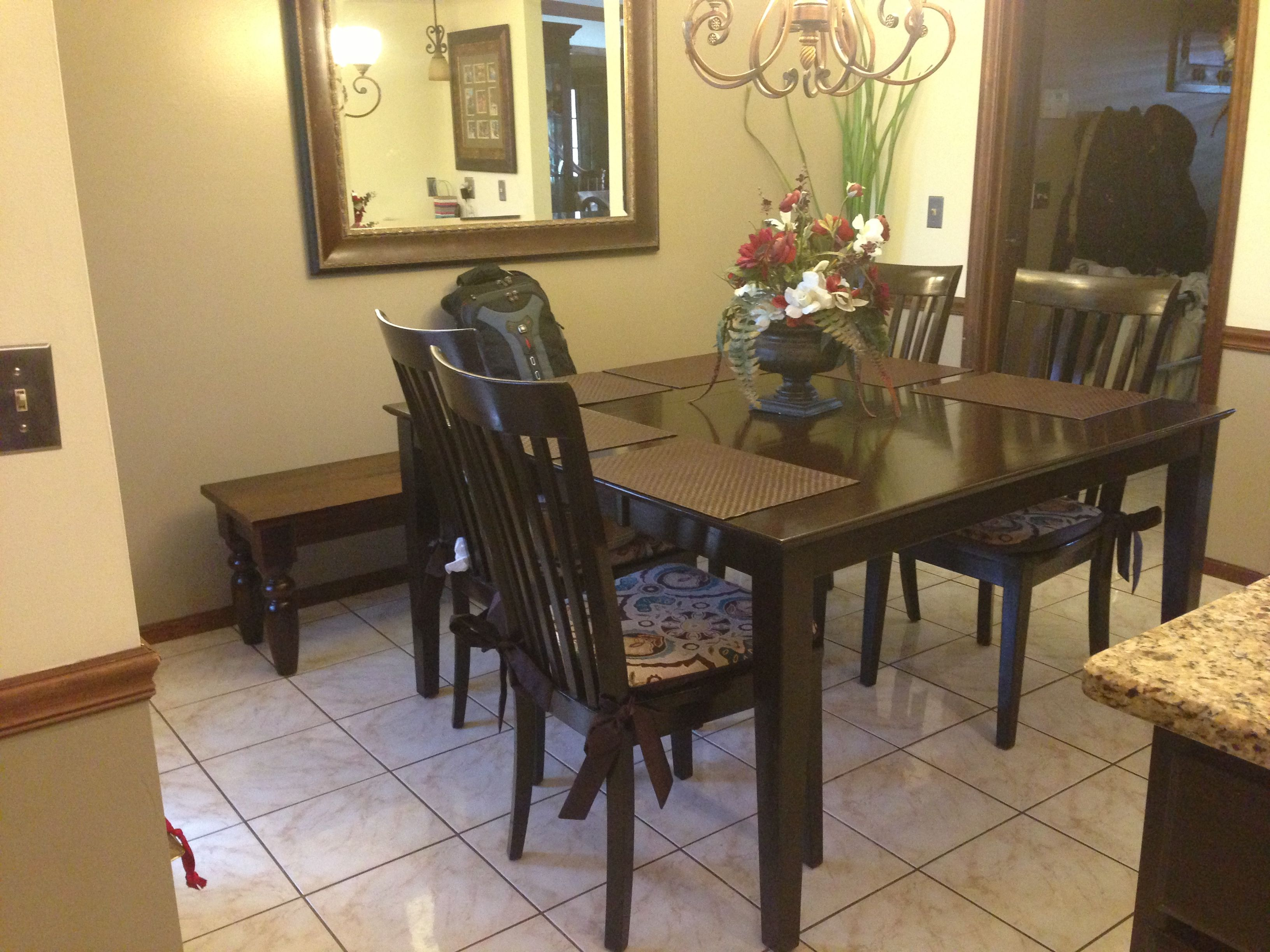 Kitchen table- project completed!