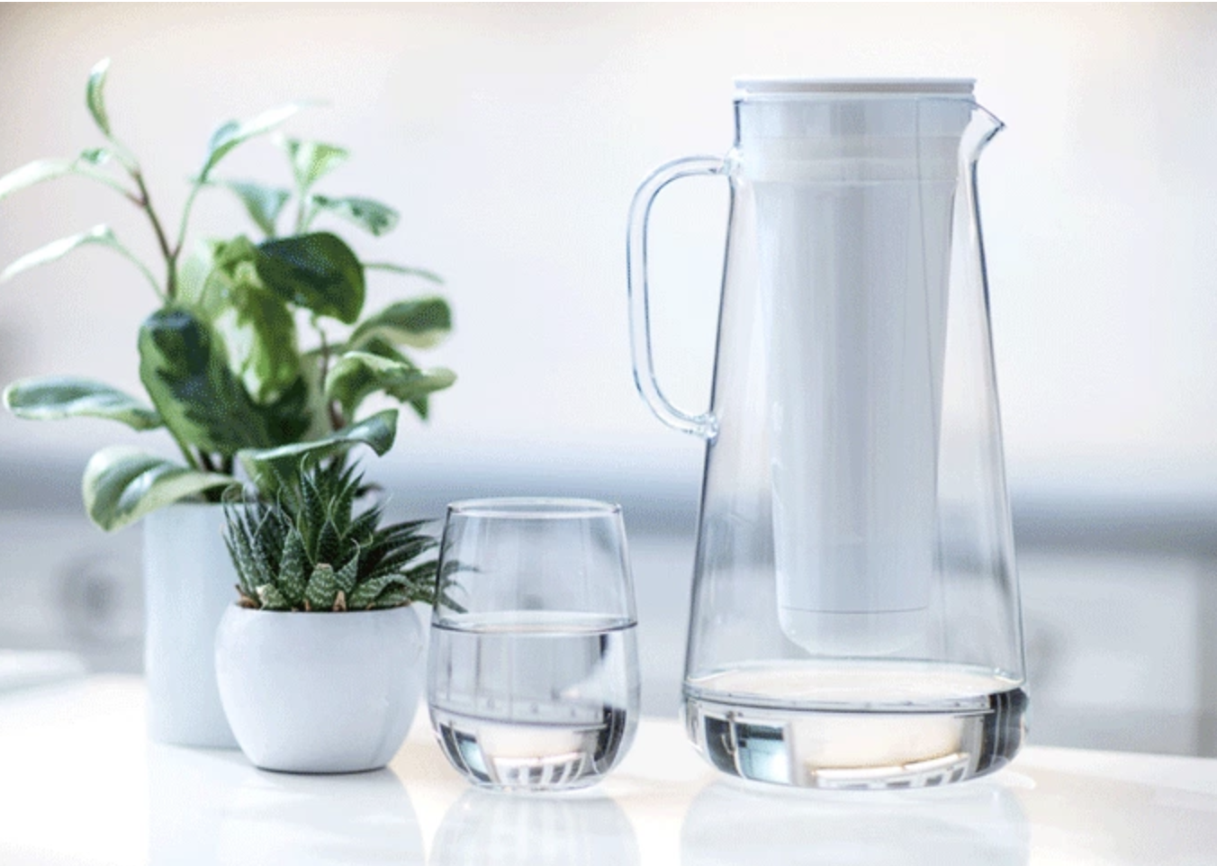 A Sleek Glass Water Filter Pitcher With Powerful Filtration