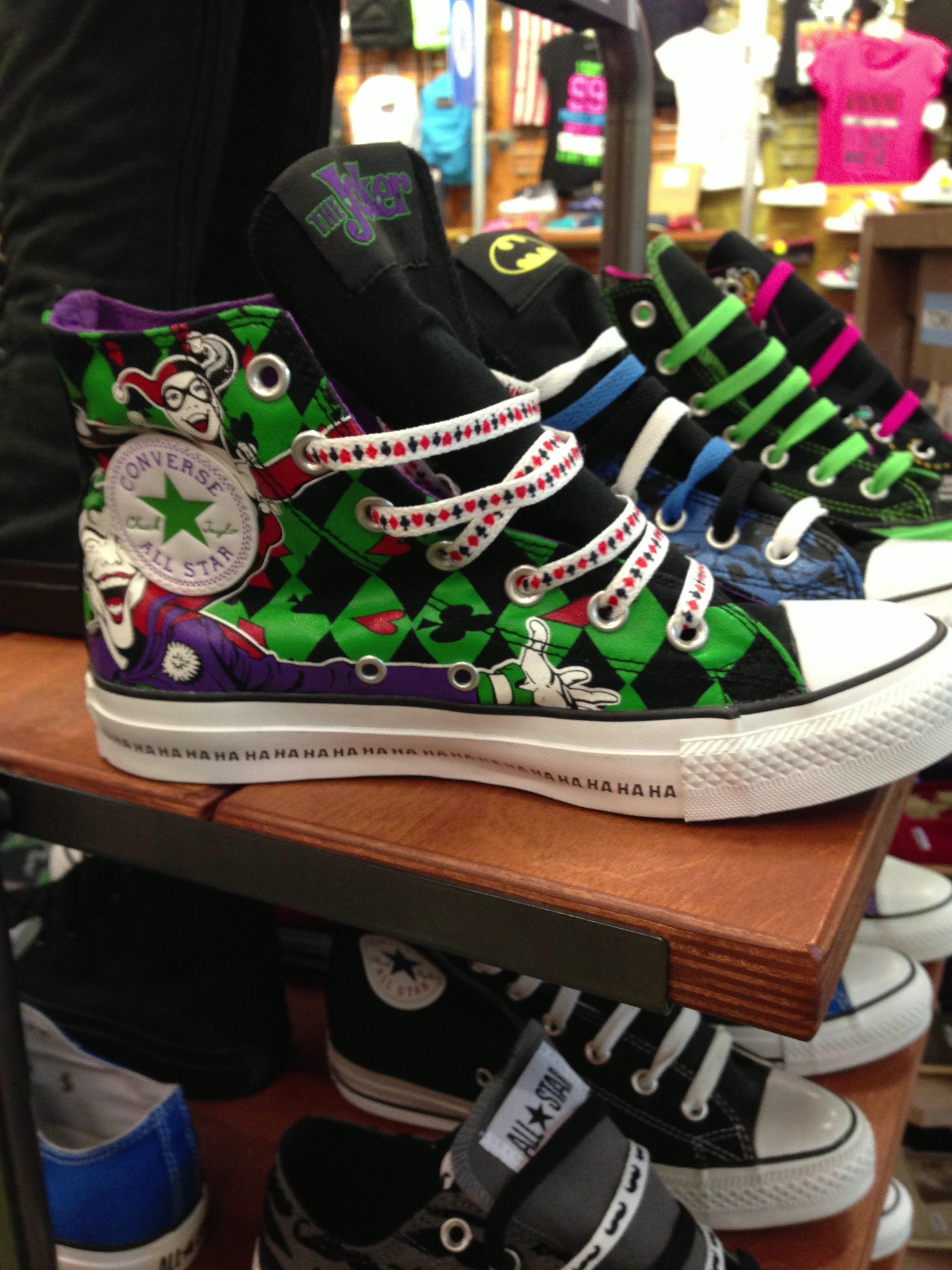 41421deed9fcd1 The Joker and Harley Quinn converse  59.99